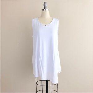 Isabel Asymmetrical Hem White Grommet Tank Blouse